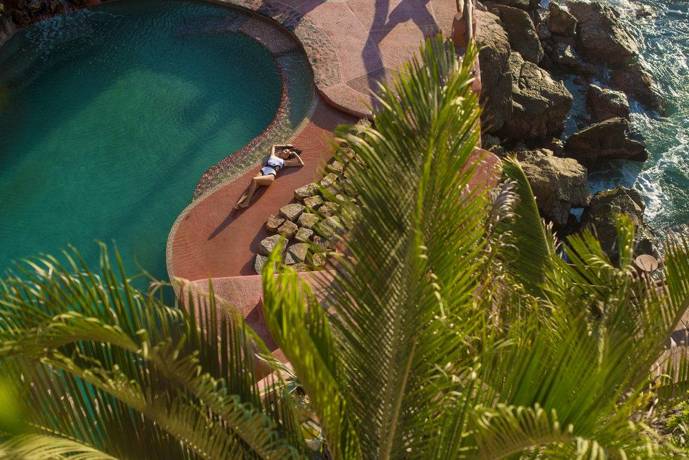 La Casa Que Canta - Salt water pool (107).jpg