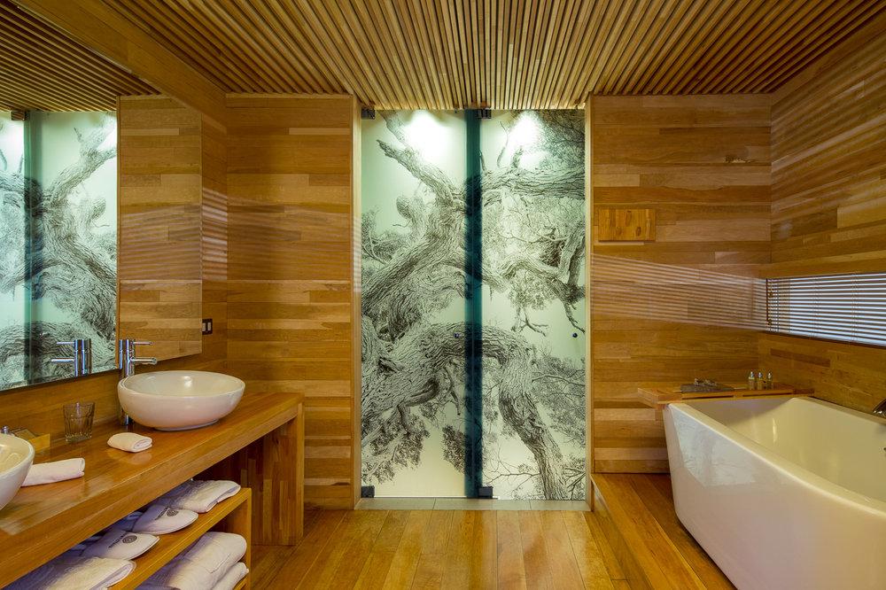 Tierra Patagonia bathroom 2.jpg