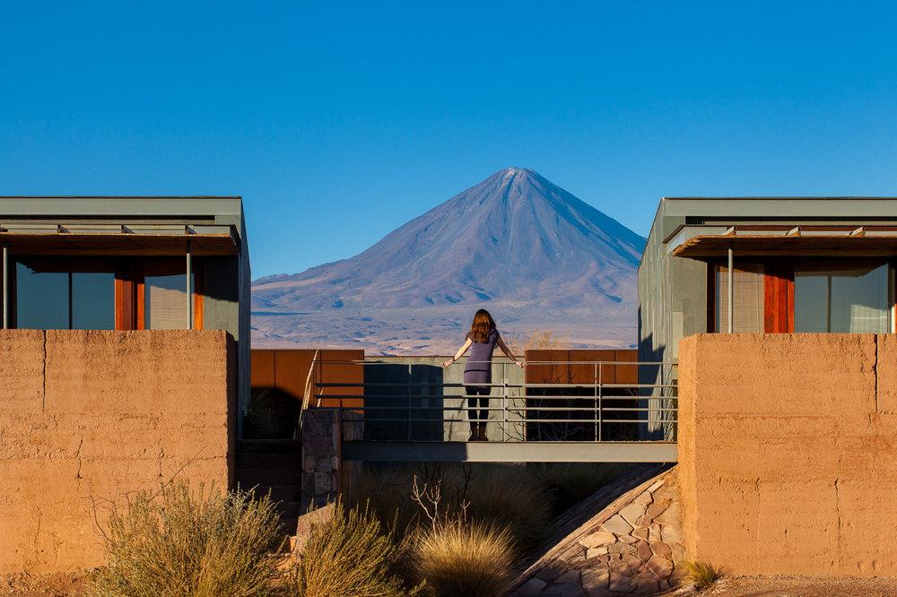 Tierra Atacama volcano view.jpg