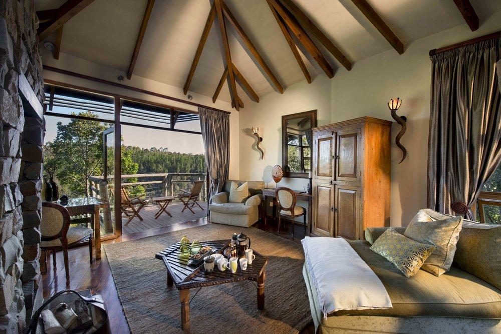 Tsala - Suite Lounge_Deck.jpg