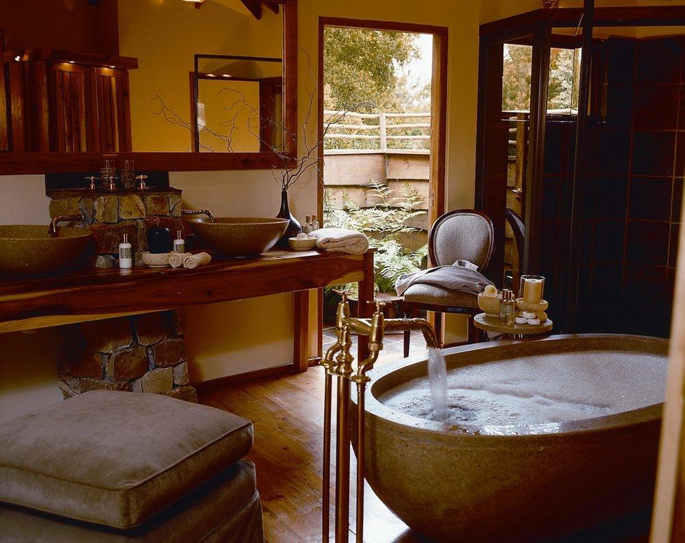 Tsala - Suite Bathroom.jpg