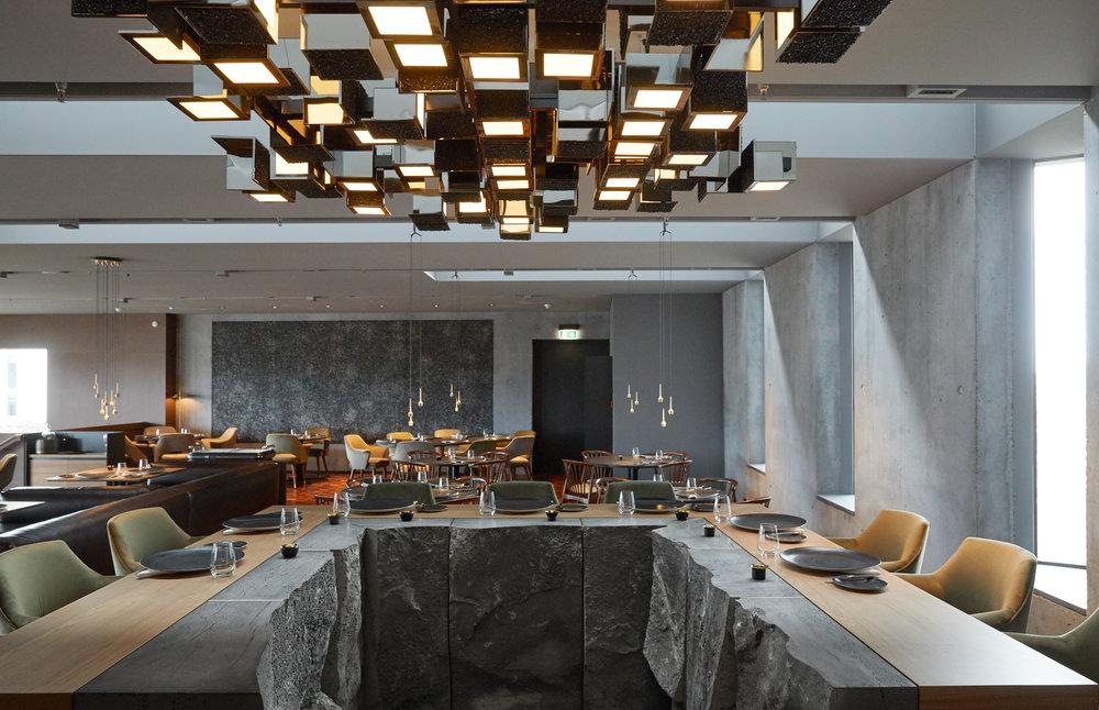 Chef_table_Moss_Restaurant.jpg