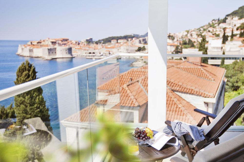 ALH_HArgentina_room_balcony_01.jpg