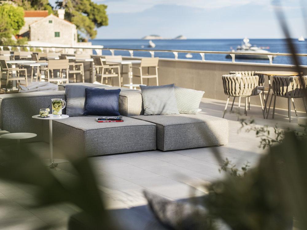 ALH_HotelExcelsiorDubrovnik_AbakusPianoBar_Terrace_7.jpg
