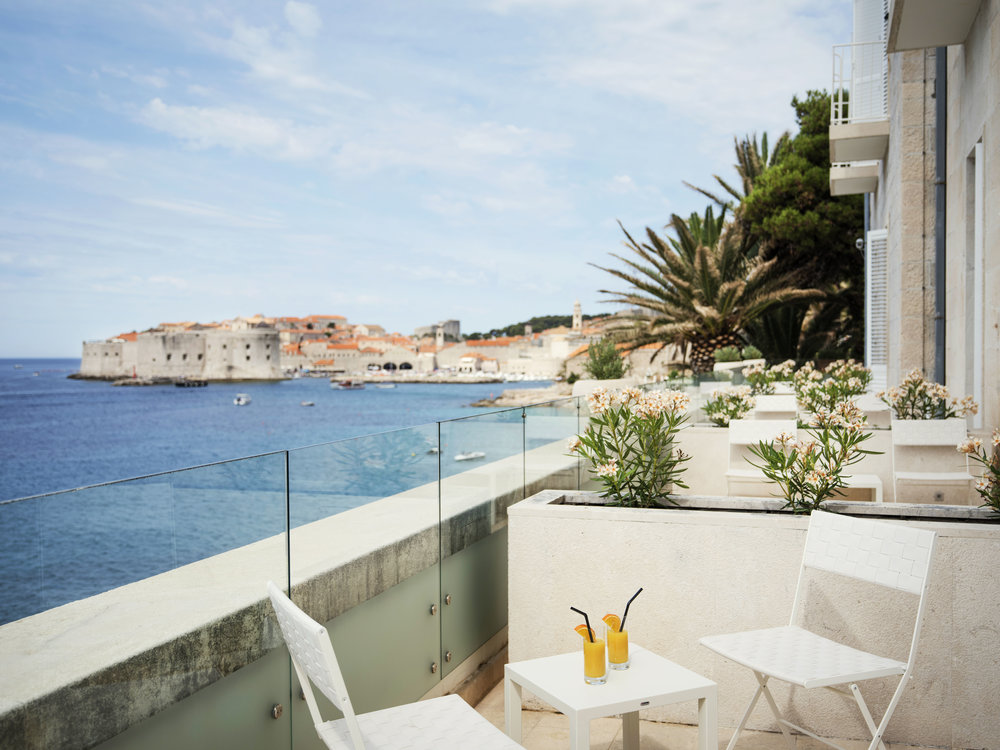 ALH_HotelExcelsiorDubrovnik_VillaOdak_Deluxe_Room_balcony.jpg