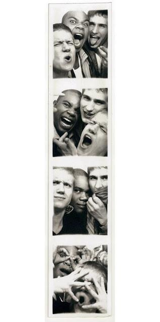 flo-jonesy-scotty-photobooth.jpg