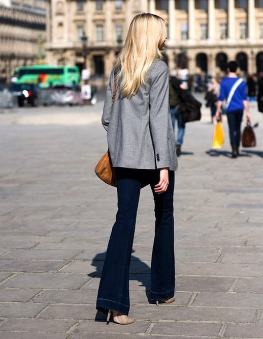5-Le-Fashion-Blog-9-Ways-To-Wear-Flared-Jeans-Wide-Leg-Denim-Street-Style-Grey-Blazer-Via-Vanessa-Jackman.jpg