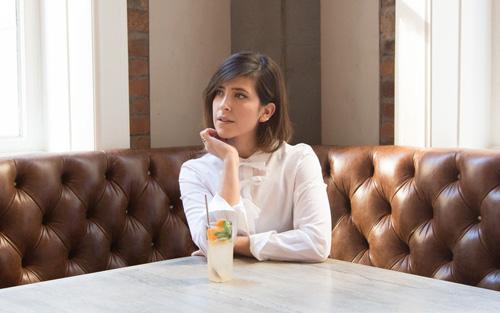 Olga Montserrat blogger, 12:04
