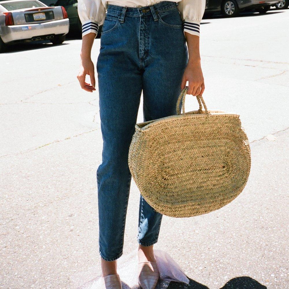 woven-straw-bag