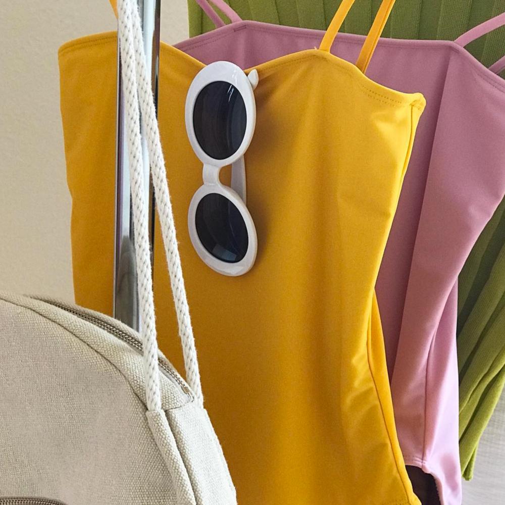 simone-vintage-sunglasses-white-round.png