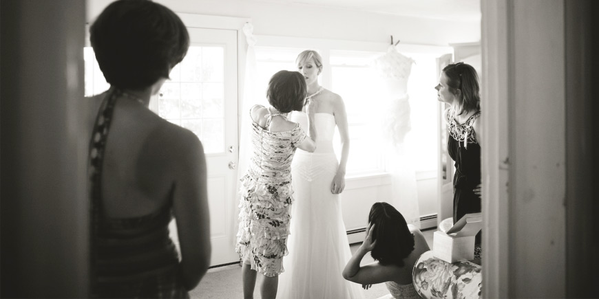 bride getting ready northern michigan wedding