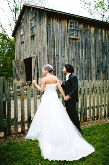 ann arbor cobblestone farm wedding 02jpg