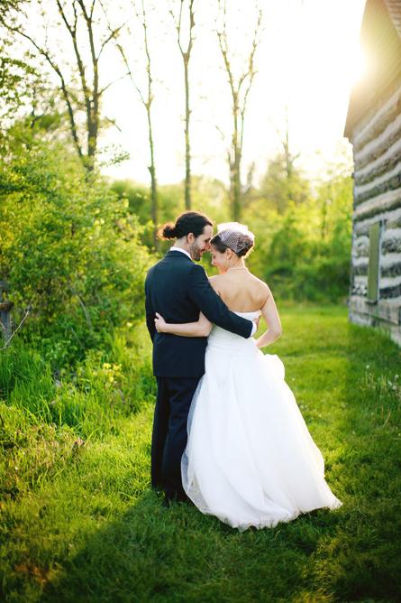 ann-arbor-cobblestone-farm-wedding-04.jpg