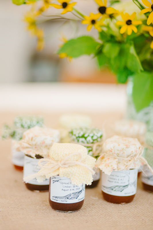 ann-arbor-misty-farm-wedding-favors.jpg