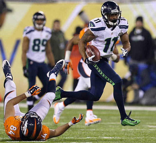 Percy Harvin touched the ball 4 times and totaled 135 yards, including an 87 yard kickoff return that sealed the game for the Seahawks (AP Photo)