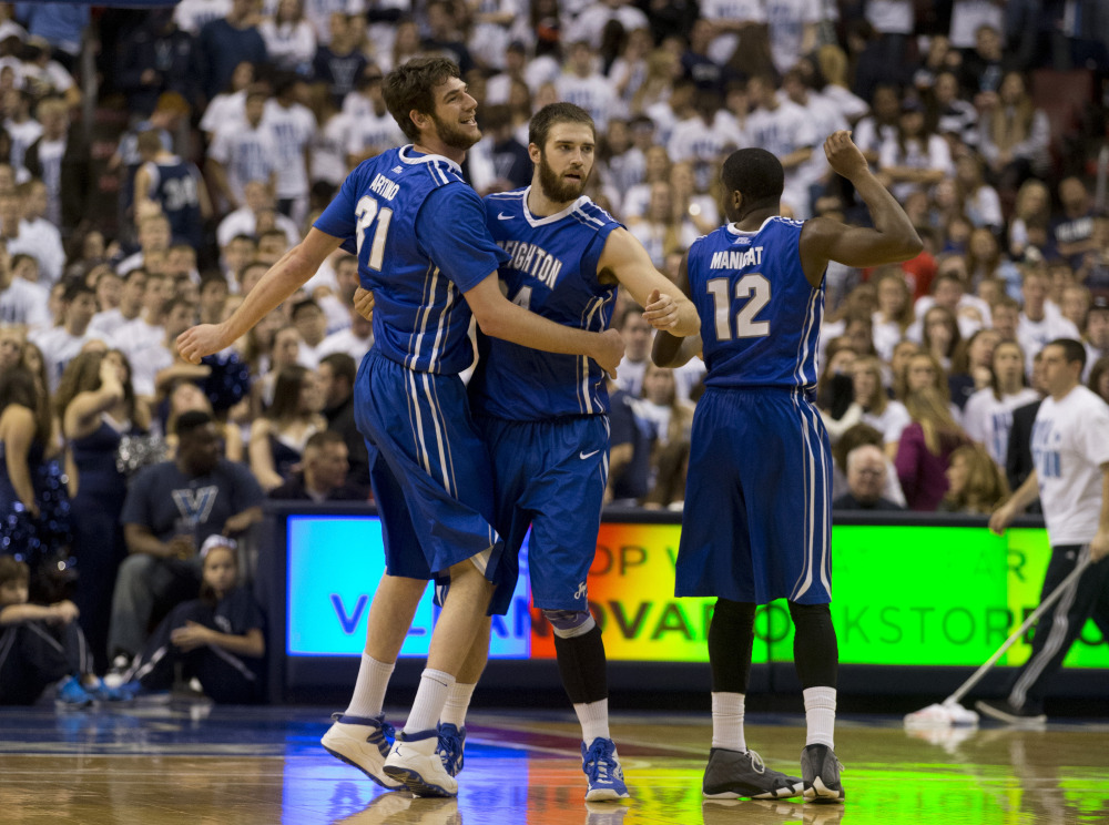 All 5 of the Blue Jays' starters are shooting at 40% from the 3pt line. (Mitchell Leff/Getty Images)