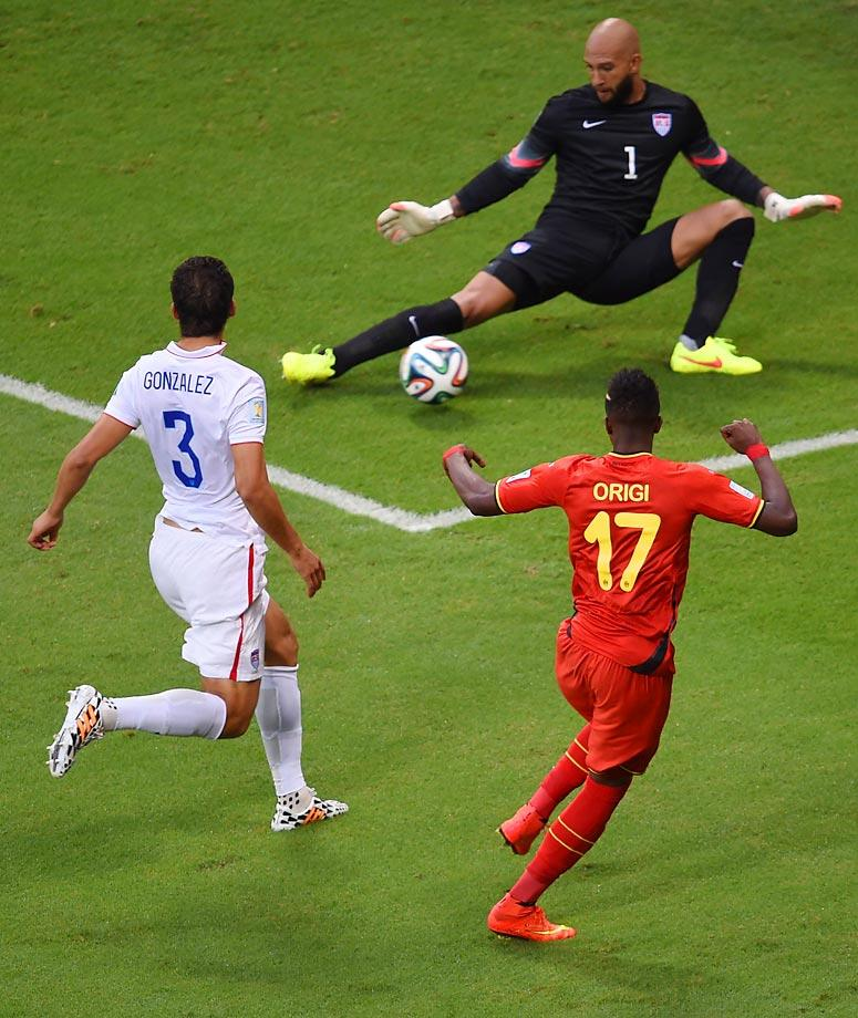 Tim Howard kept Belgium scoreless for 92 minutes with some incredible saves,