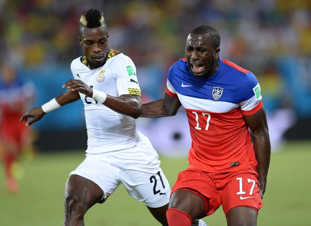 Jozy Altidore pulled his hamstring in the 21st minute during the USMT's match vs. Ghana, his first World Cup appearance. (Getty Images)