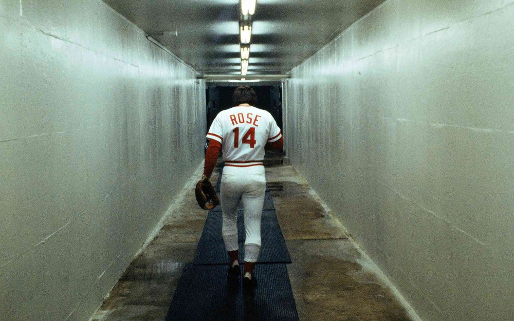 Pete Rose played 23 seasons in the MLB, from 1963-1986, and still manage to have a .303 batting average. He is without question one of the best hitters of all-time, even though he only has 160 HRs. Despite having great success, and no trace of steroid use, Charlie Hustle is outside looking in of the Baseball Hall of Fame. (AP Photo)