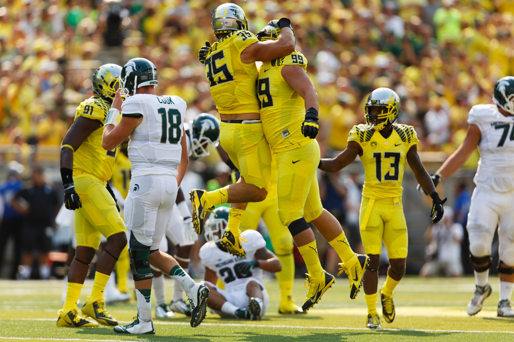 Oregon outscored the Spartans 28-3 in the second half (28 unanswered) after allowing 24 points in the 2nd quarter. The offense started off slow but they banged out 3 straight TDs in 5 minutes. Still the fastest offense in the land.  (Ryan Kang/Emerald)