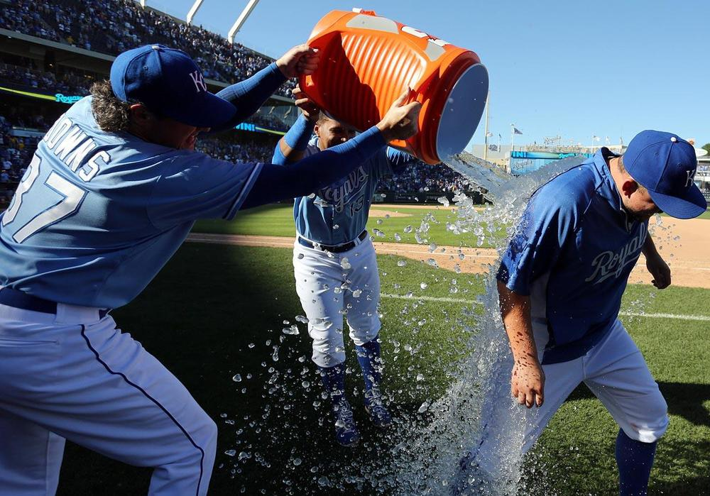 Kansas City hasn't seen playoff baseball since 1985 when they beat the St. Louis Cardinals in the World Series. The Royals are only 42-39 at home but I expect a very hostile environment in Kaufman Stadium that Royals can feed off of.