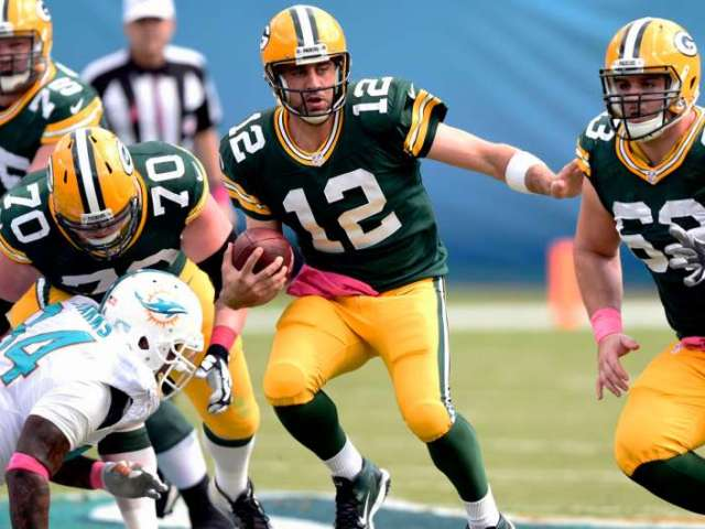 Aaron Rodgers has thrown 15 TDs so far this season with only 1 interception. o