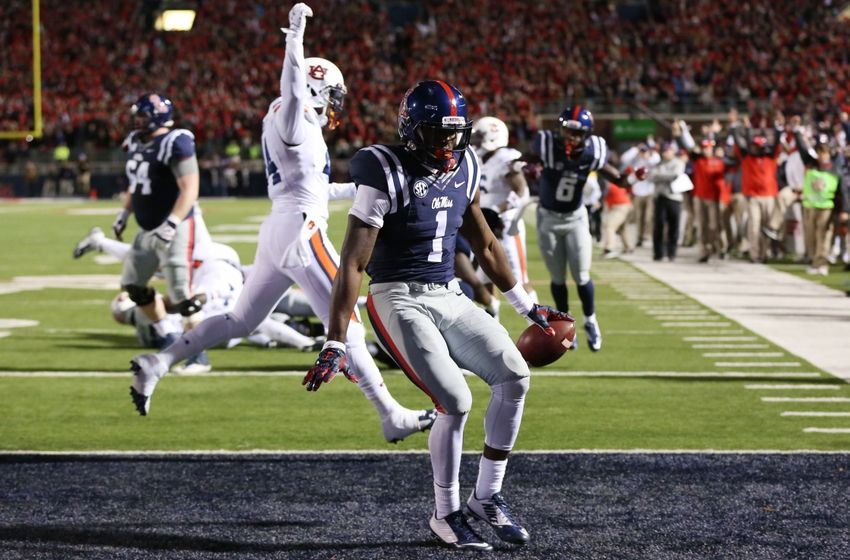 Before his unfortunate injury, Treadwell was having a great game. He finished the night with 10 catches, 103 yards, and a TD, most of which came from the bubble screen. We wish Laquon a speedy recovery. (AP Photo)