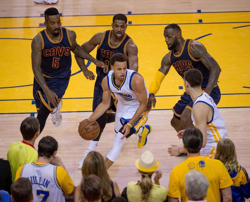 "This is probably the best defensive team the Warriors has seen this postseason. We all know the motto, ""Live by the jumper, Die by the jumper"". Steph Curry will have to find ways to score other shooting the 3, because the Warriors can not afford for him to have this kind of shooting night again. (Greg Nelson/Sports Illustrated)"