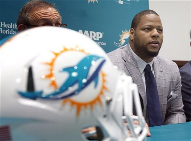 The Dolphins investment in Suh could turn out to very good or very bad. (AP Photo)