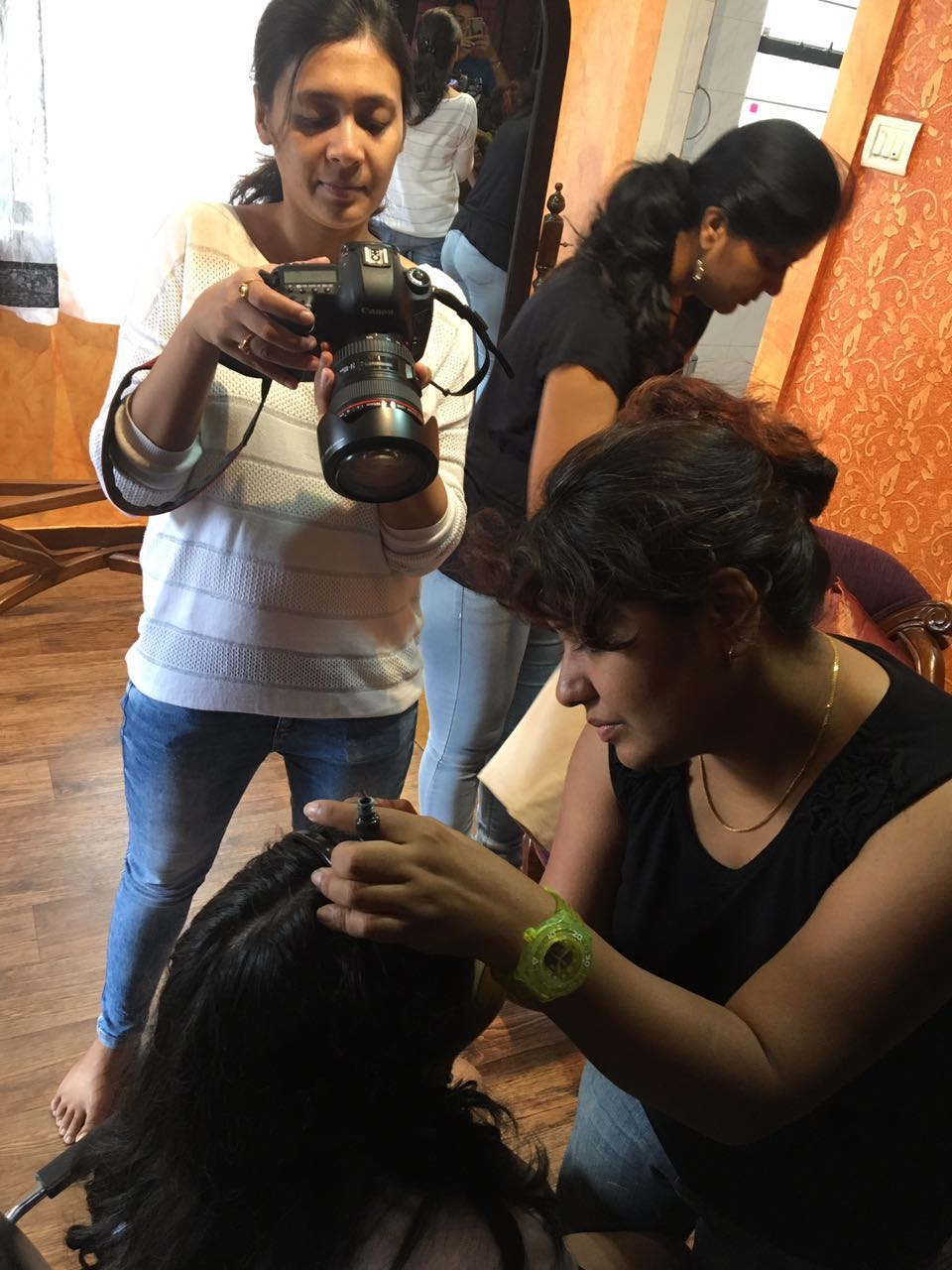 makeup_art_behind_the_scenes.jpg