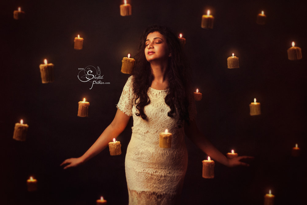 girl_with_floating_candles.jpg