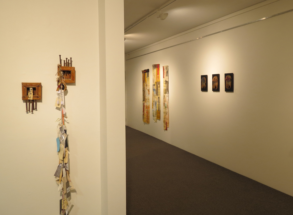 Exposition-Glenys Mann, Cas Holmes, Christine Atkins