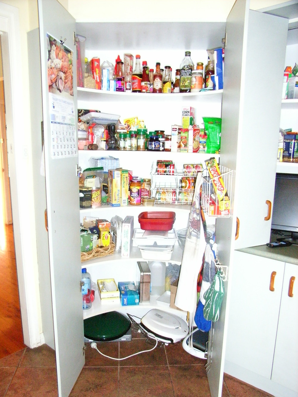Pantry Before.JPG