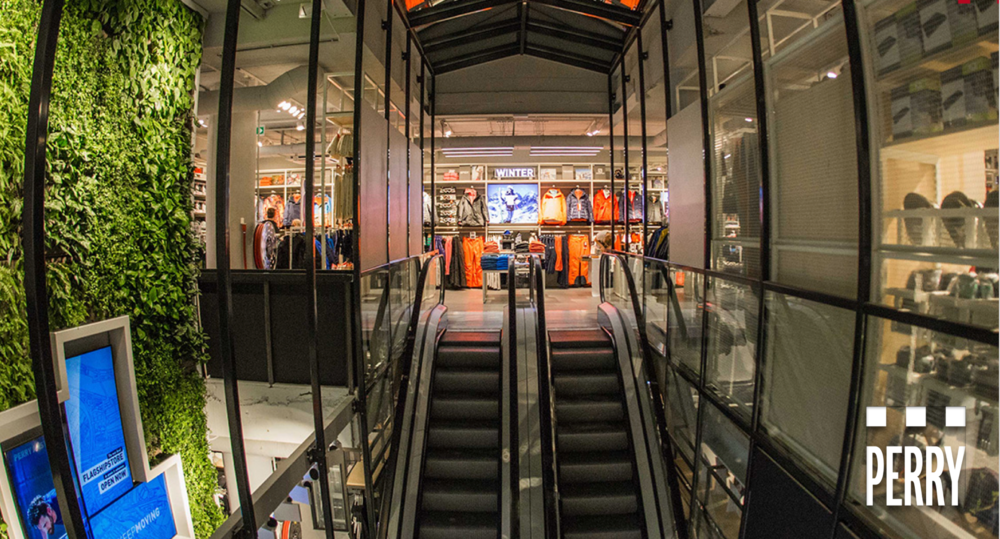 Visual retailing opening perry sport s new amsterdam for Design consultancy amsterdam