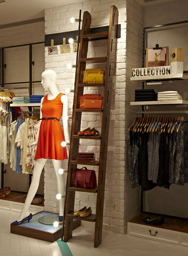 Solly by Allen Solly store in Saket, New Delhi. Photo © Santosh