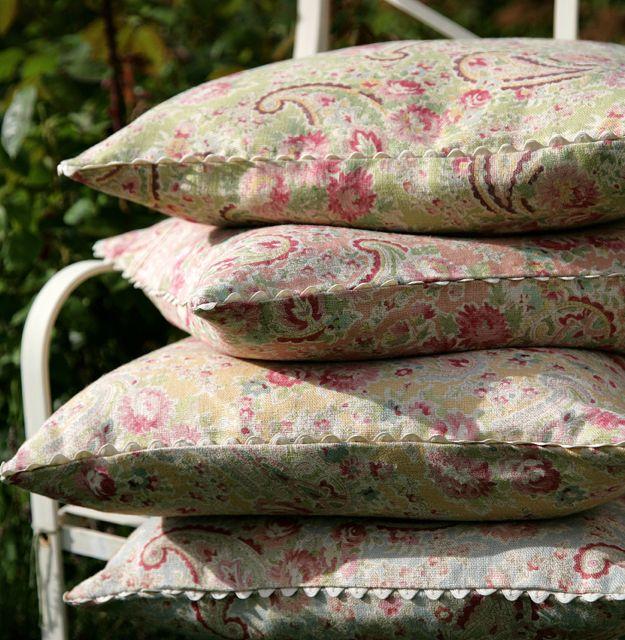 vintage paisley fabric