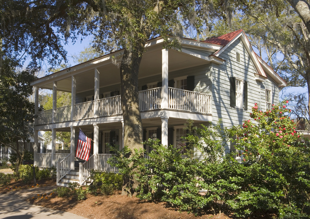 "Traditional Lowcountry ""I"" House"