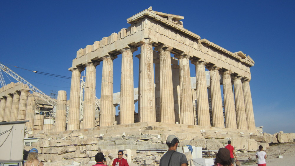 The Partheon was started in 447 BC and completed in 438 BC