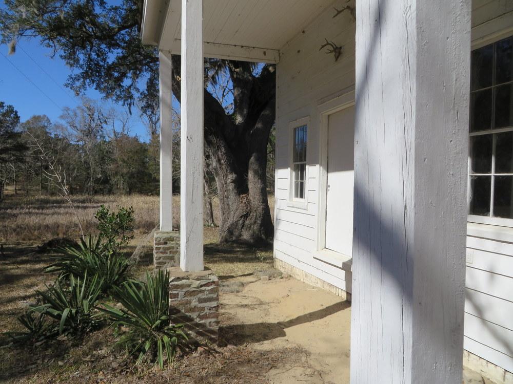 kitchen-porch.JPG