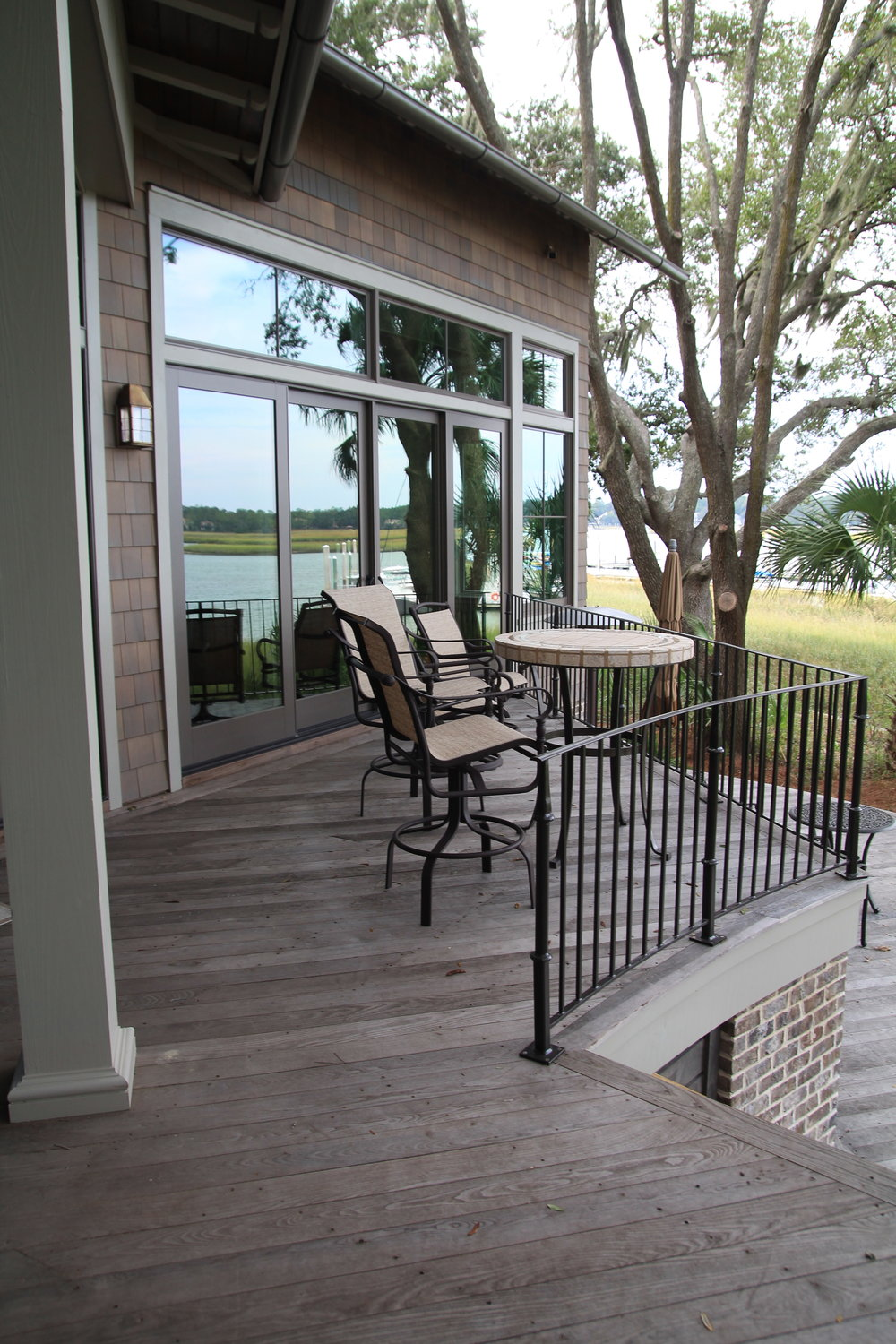 What a lovely deck, the perfect place to enjoy the view and a cup of coffee!