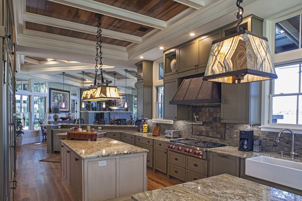 Hilton Head Home Builder's 2017 Lighthouse Award - Best Kitchen