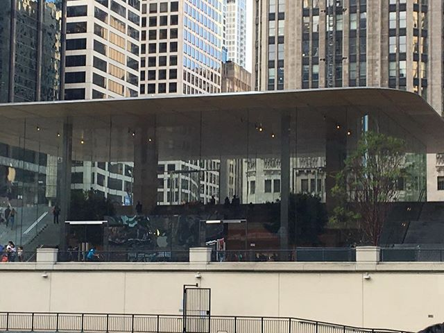 #sir Norman foster #apple #Chicago