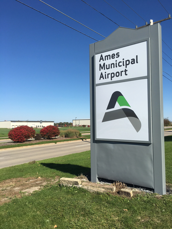 Ames-Municipal-Airport-sign.jpg