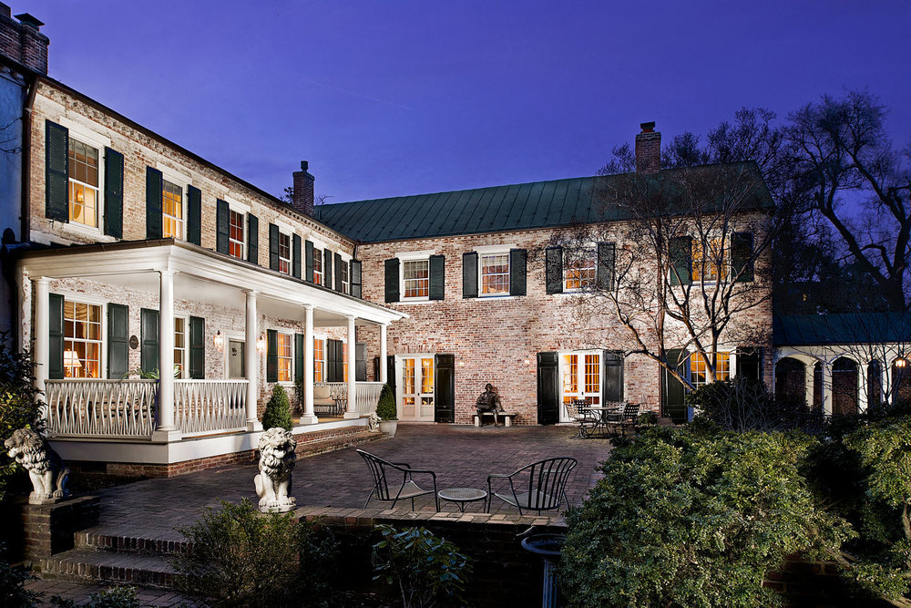 Exterior---Main-House-Twilight_2V.jpg
