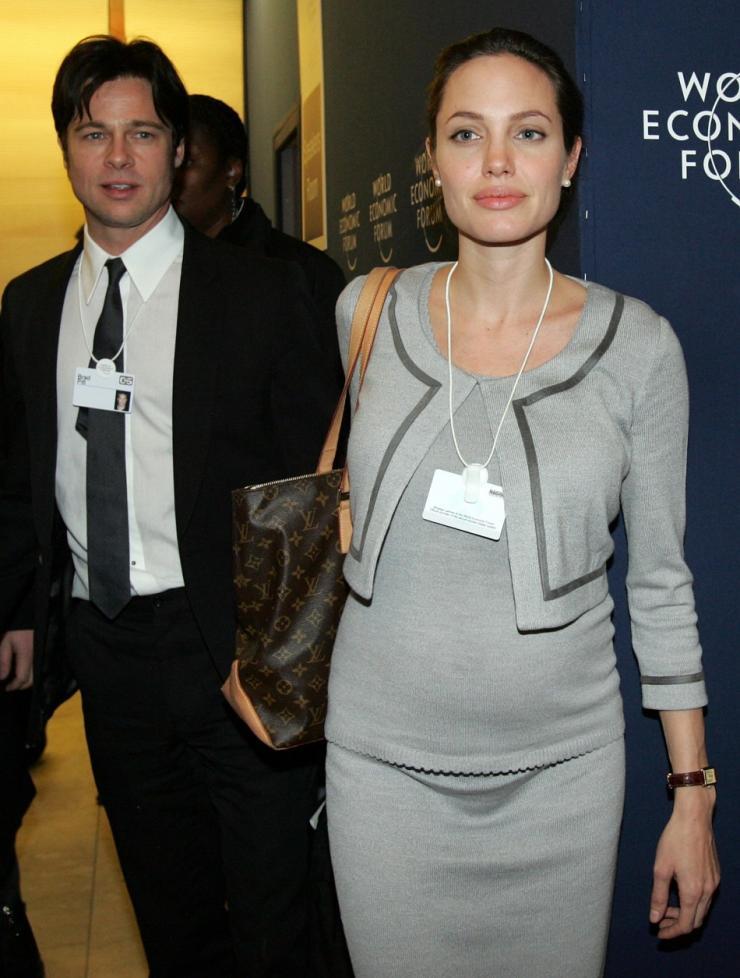Angelina Jolie Pregnant.jpg