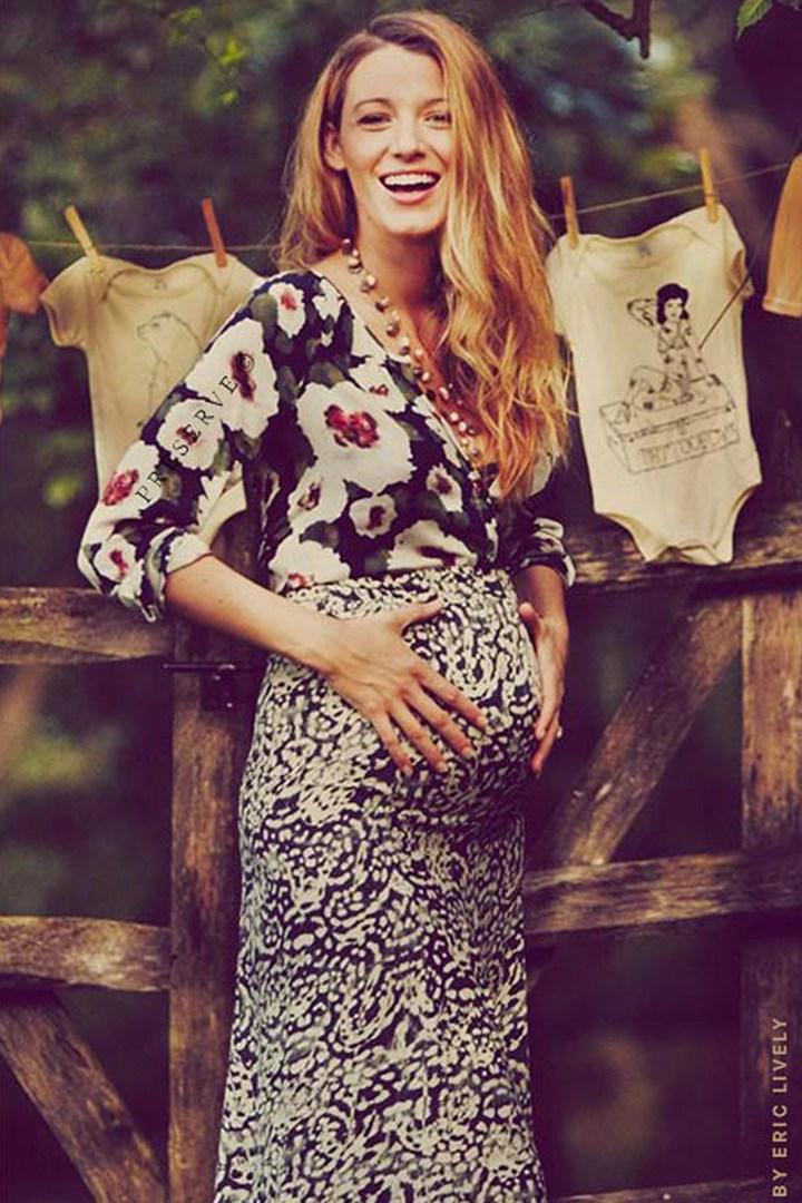 Blake Lively Pregnant.jpg