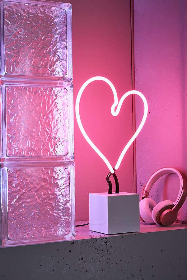 NeonHeart.jpg