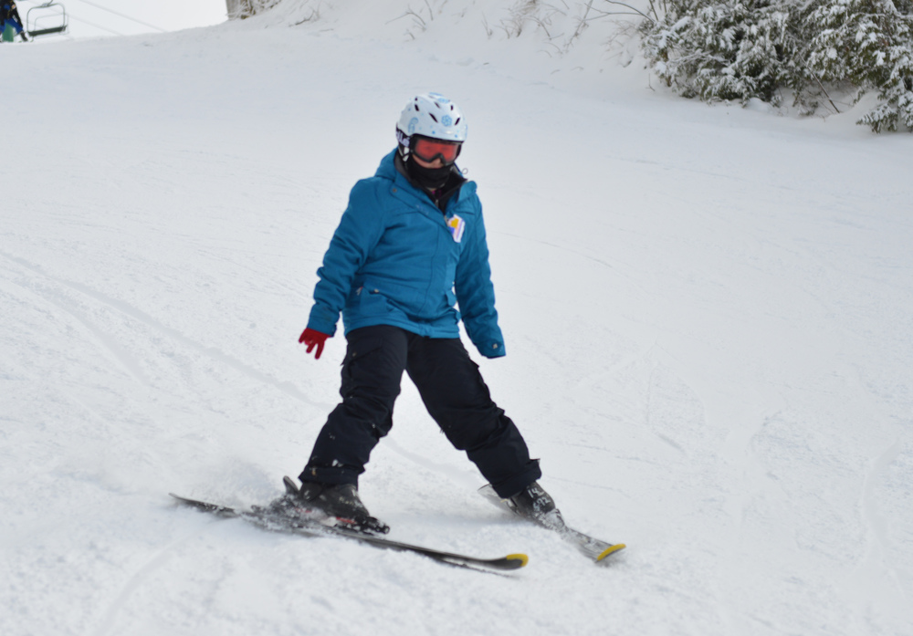 Grade 4-5 Skiing - Hockley first time (8 of 16).jpg