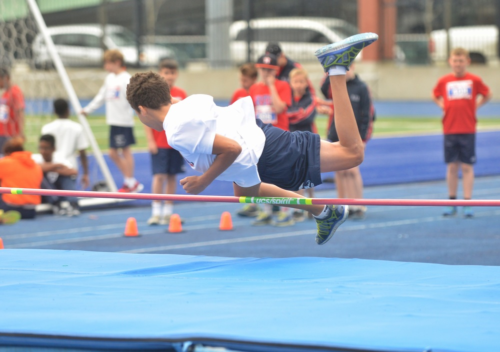 Is this the Fozberry Flop? Boys U-12 High Jump.