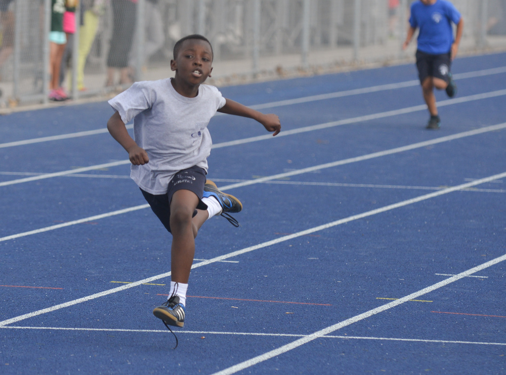Track and FIeld - Ching 2015 - U10 (1 of 9).jpg